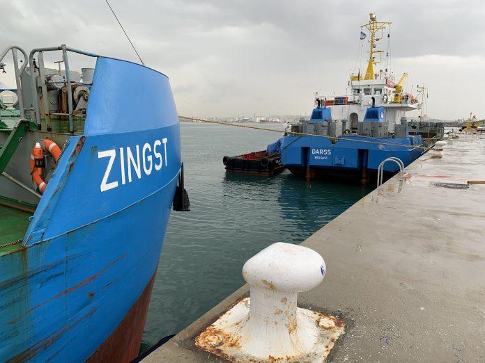 El dragatge del fons marí al Moll de Balears ha finalitzat a la primera fase. CEDIDA